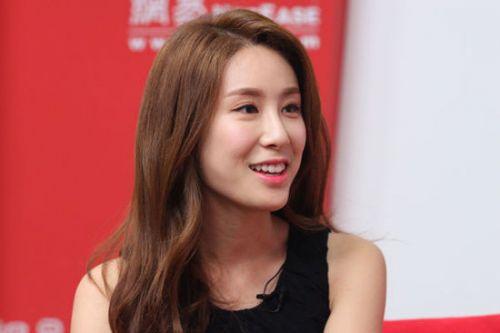 韩国sm公司的的实力派r&b歌手张力尹携最新作品