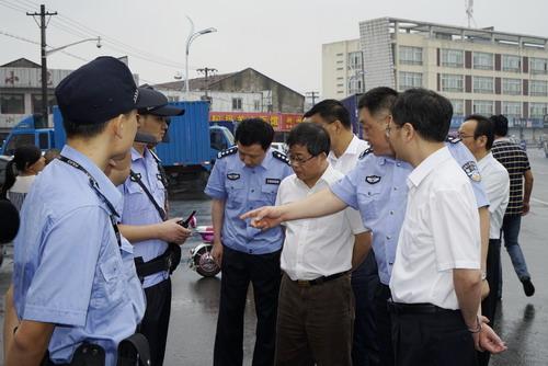 市领导惠建林、杨崇华、范建国至市公安局指导青奥安保工作5