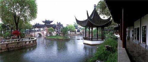 静思园位于苏州同里古镇往西3公里处.园中建筑沿袭苏州古典园林文脉.