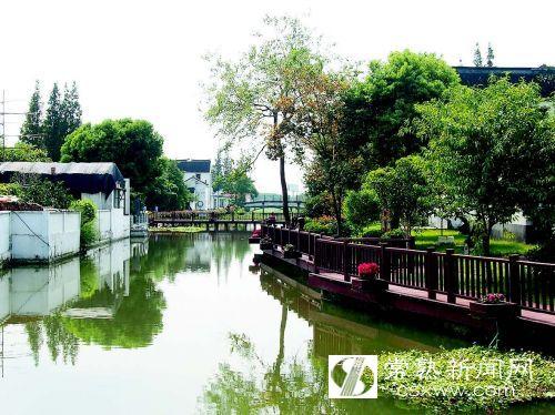 对常熟湿地处理污水和乡村湿地建设留下深刻印象.