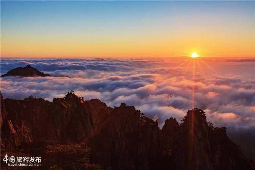 安徽黄山风景区持续多日的云海天气