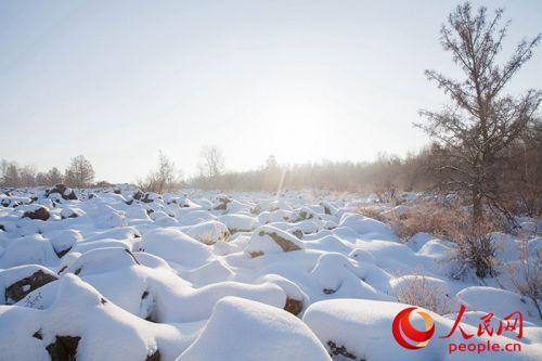 独特的气候条件,地理位置和丰富的冰雪资源酝酿出黑河独特的原生态