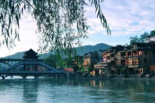 中国最老的11个古镇 看一眼竟然想住下来!